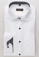 Chemise Eterna SLIM FIT UNI STRETCH blanc avec col Classic Kent en coupe étroite