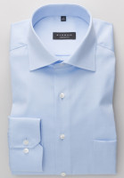 Chemise Eterna COMFORT FIT TWILL bleu clair avec col Classic Kent en coupe classique