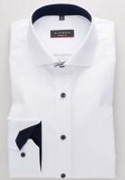 Chemise Eterna MODERN FIT TWILL blanc avec col Italien en coupe moderne